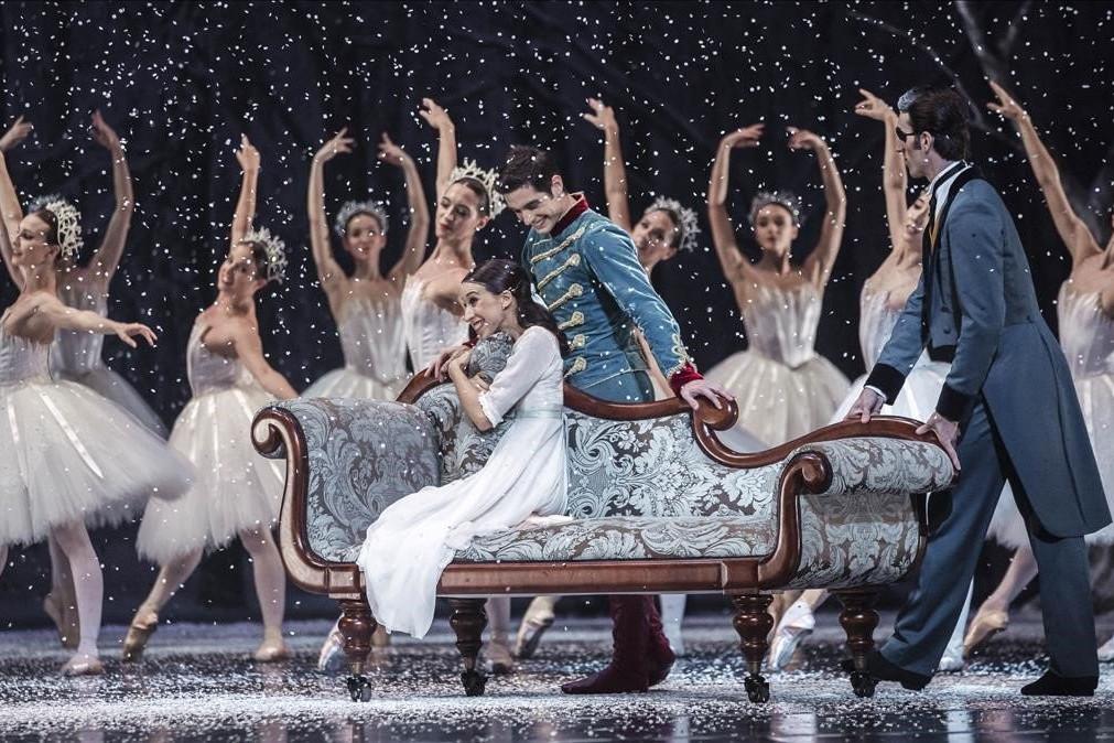 Foto del Ballet de Moscú en la Maestrana de Sevilla de un fragmento de Cascanueces