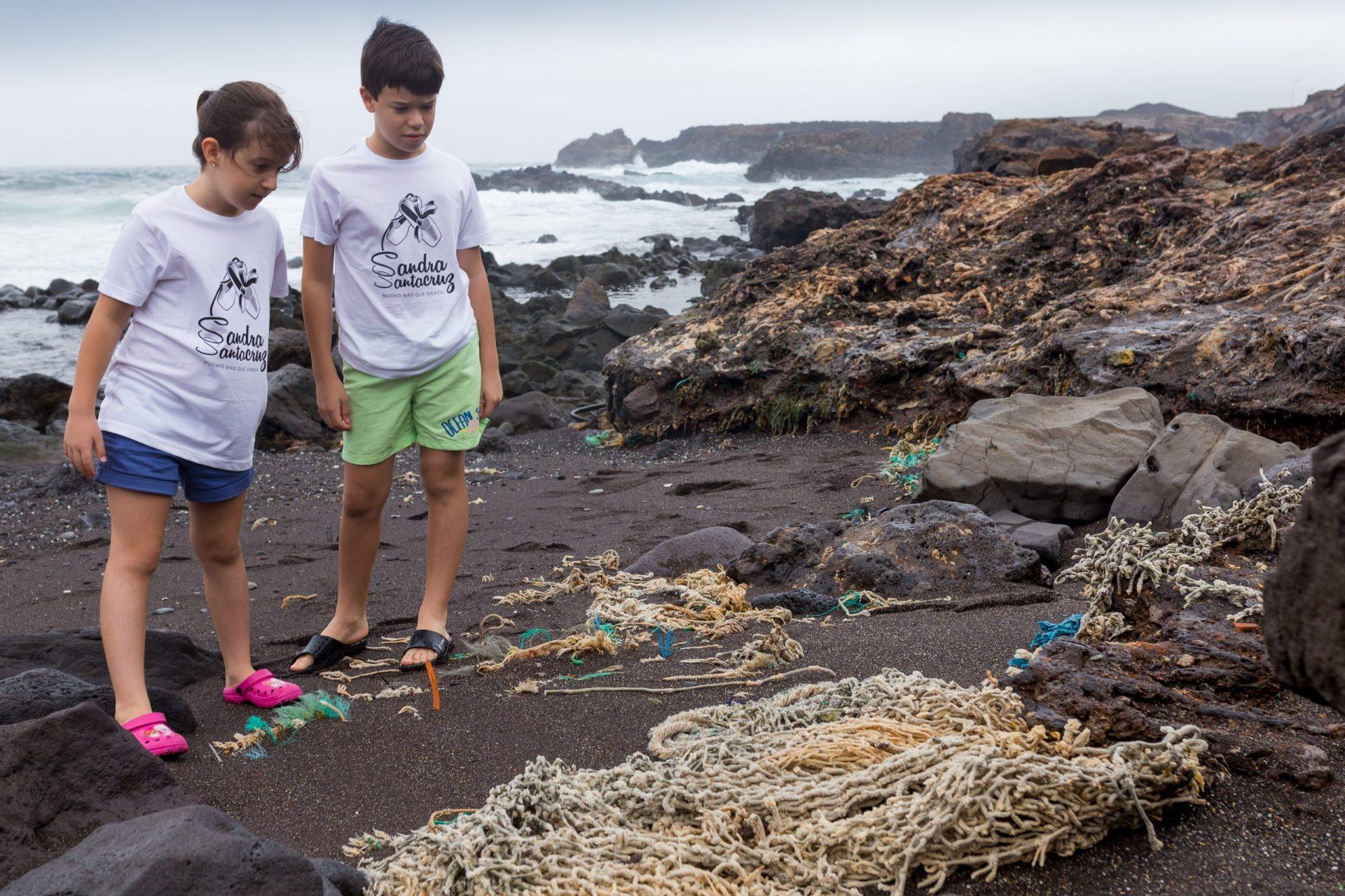 Sandra Santa Cruz, campaña de concienciación sobre la contaminación marina__MG_5195
