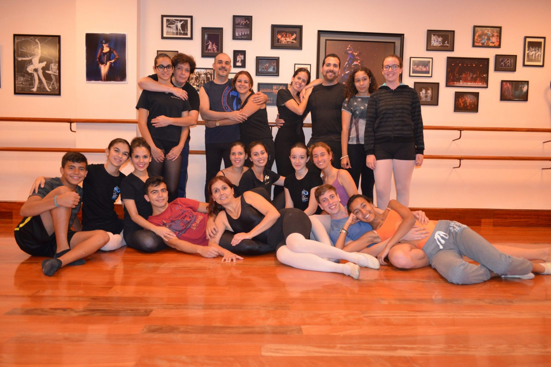 Centro de Danza Sandra Santa Cruz ensayos
