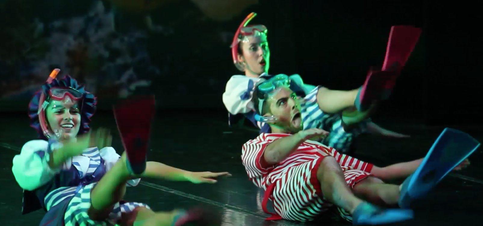 Foto unos peculiares bañistas del Musical