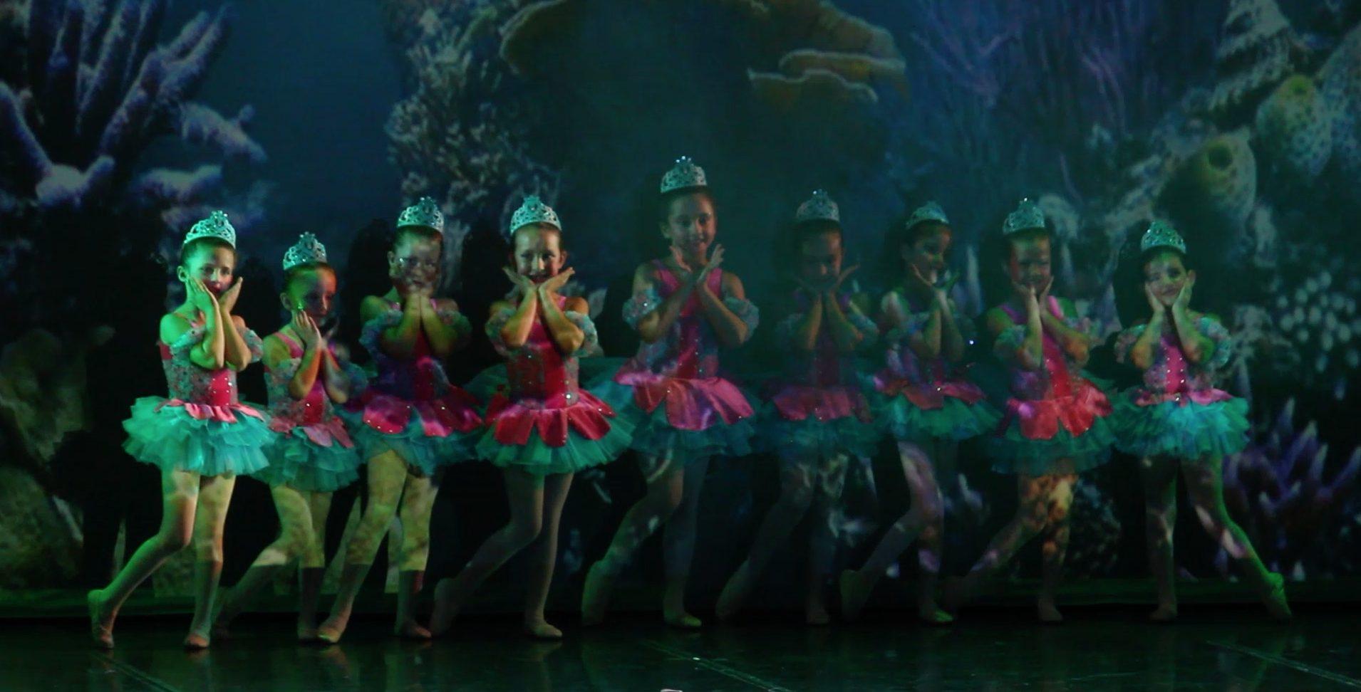 Foto de las Princesitas el mar del Musical
